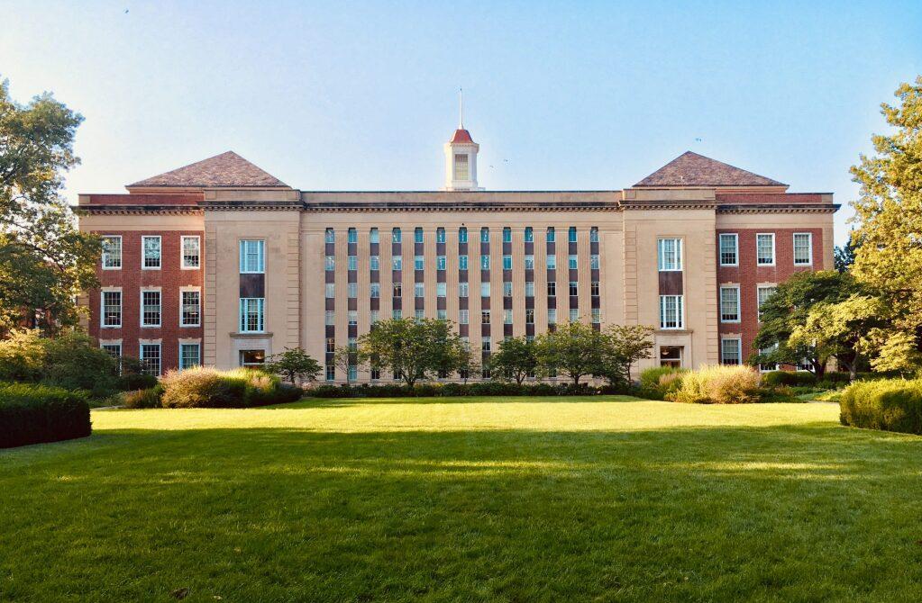 大学のキャンパス2