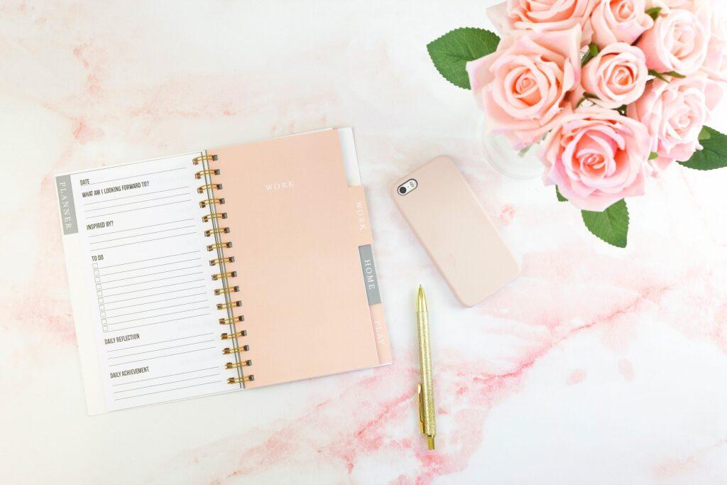 オンライン学習用のメモ帳やペンなど筆記用具