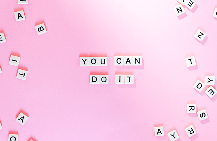 「YOU CAN DO IT」の文字