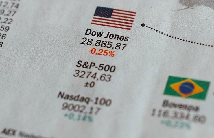 DOW JONESやNASDAQなどの株式市場取引
