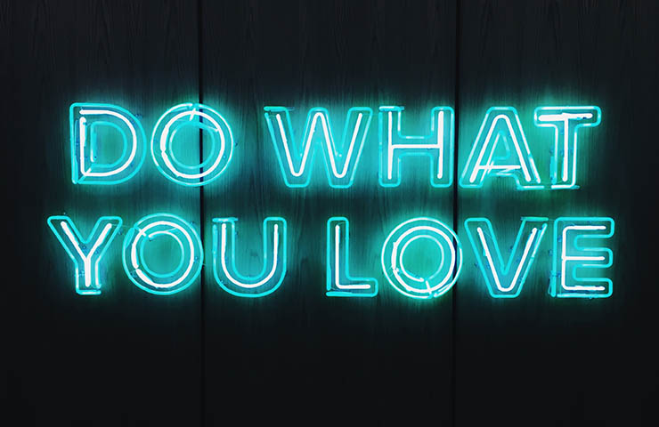 「Do what you love」の文字