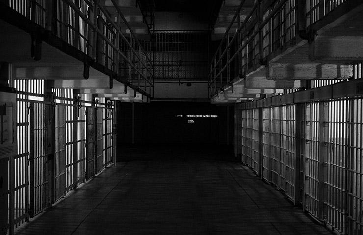 刑務所の牢屋