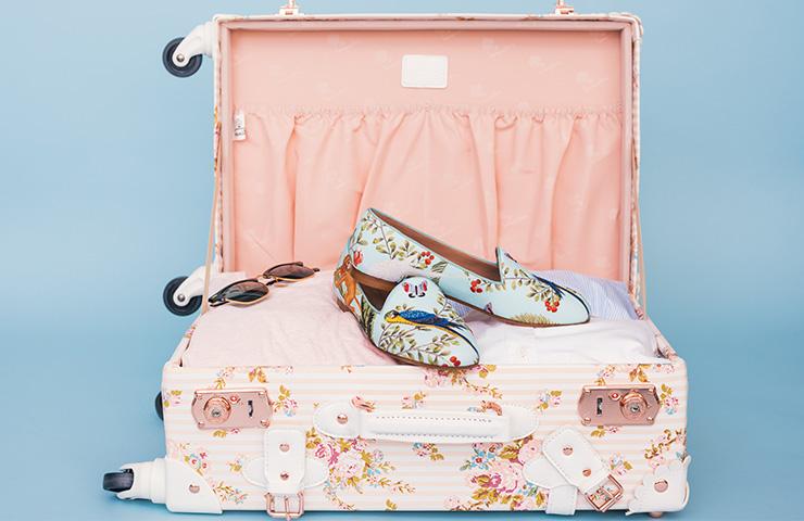 トラベル用のスーツケース